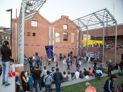 12 de Diciembre-Los vecinos de Almagro preparan el Festival de Fin de Año del Parque de la Estación