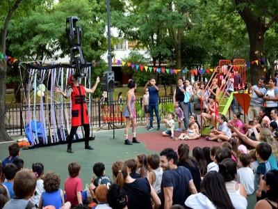 20 de Diciembre-Inauguraron un nuevo Patio de Juegos y de Recreación, en el Barrio Simón Bolívar de Parque Chacabuco
