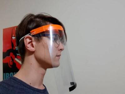 03 de Abril-Alumnos de la UTNBA fabrican mascarillas para proteger al personal médico del coronavirus