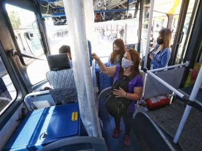 05 de Noviembre-Analizan ampliar en forma gradual la recepción de pasajeros en el transporte público_