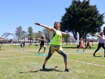 18 de Enero-Clases gratis de yoga, gimnasia y ritmos, en las Plazas de la Ciudad_