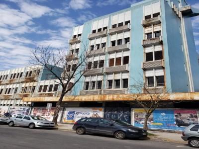 04 de Mayo-Los vecinos de Saavedra pidieron la expropiación de una ex clínica neuropsiquiatrica y convertirla en un Centro de salud para el bar