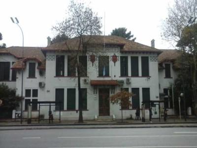 30 de Mayo-Reclaman la reapertura de los servicios de atención del Instituto de Zoonosis Luis Pasteur_
