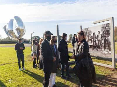 05 de Julio-Se realiza en la Ciudad la primera muestra fotográfica al aire libre de Buenos Aires_