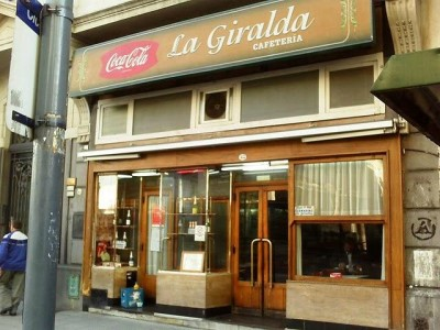 """18 de Agosto-Reabre el histórico bar del centro porteño """"La Giralda""""_"""